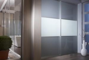 Ihr Badezimmer mit inova Schiebetüren/Schranksystemen gestalten