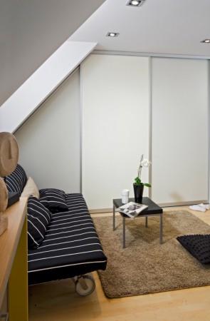 zimmer mit beigen wnden fotos. Black Bedroom Furniture Sets. Home Design Ideas